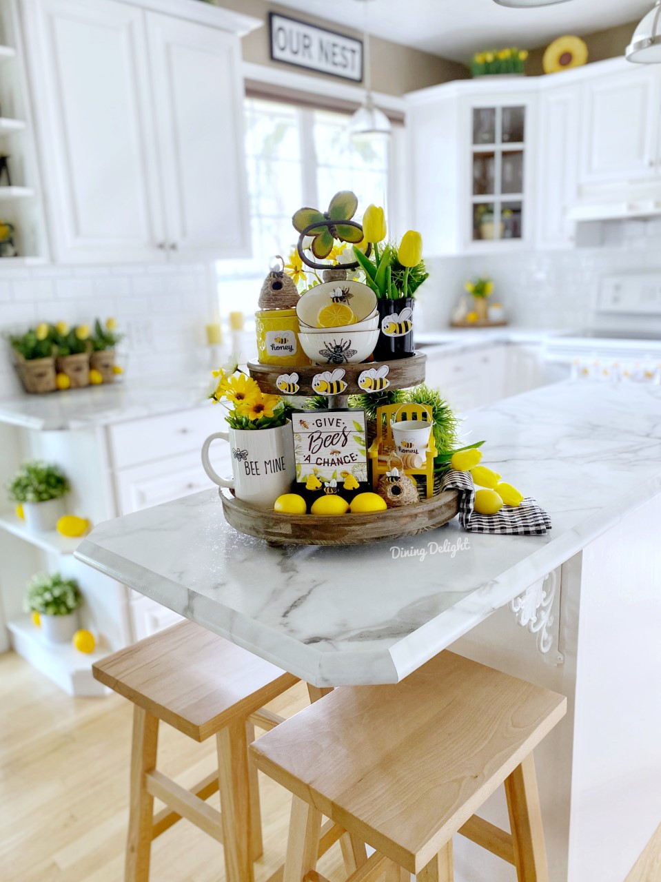 Dining Delight Bee Themed Tiered Tray Decor