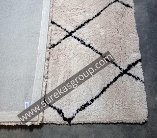 custom hand-tufted rug showing back
