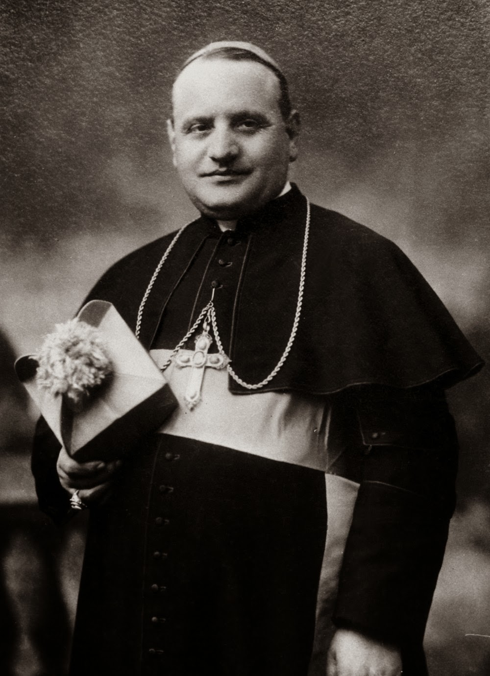 Bl Pope John XXIII was born Angelo Giuseppe Roncalli at Sotto il Monte Italy in the Diocese of Bergamo on 25 November 1881 He was the fourth in a