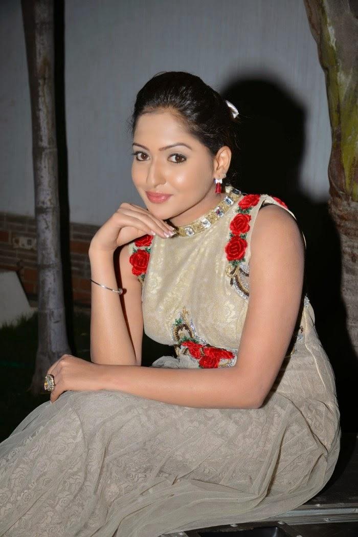 Free online movie vaishali 2011 telugu - 3 6