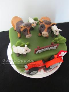 bolo animais quinta bragança trator