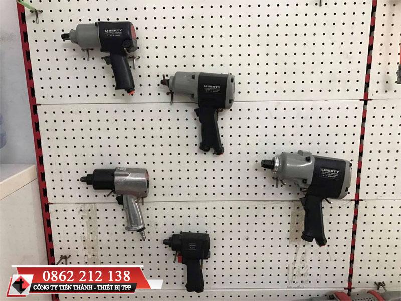 Cách sử dụng súng hơi mở ốc, sử dụng súng hơi mở ốc đúng cách, sử dụng súng hơi mở ốc hiệu quả, sử dụng súng mở ốc an toàn