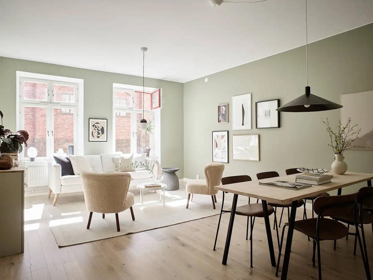 Salón pintado de verde