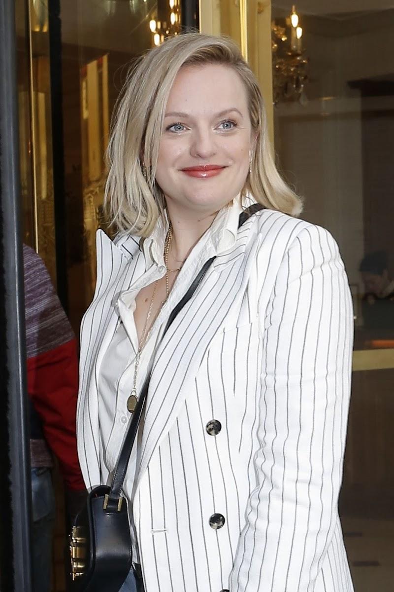 Elisabeth Moss Clicks at Her Hotel in Paris  17 FEb-2020
