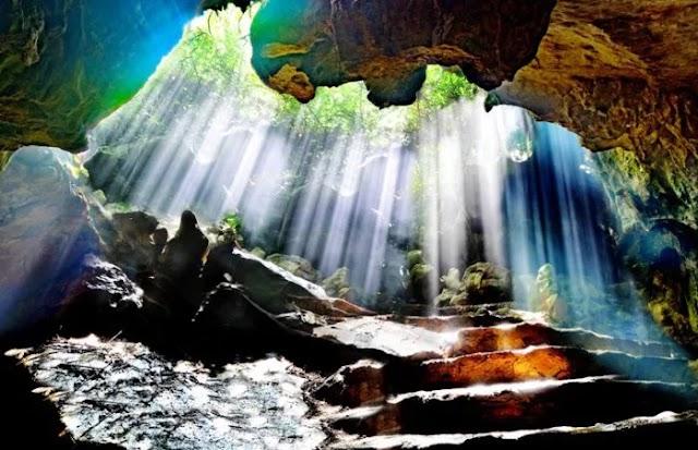 Thien Ha Cave - Ninh Binh, a hidden beauty