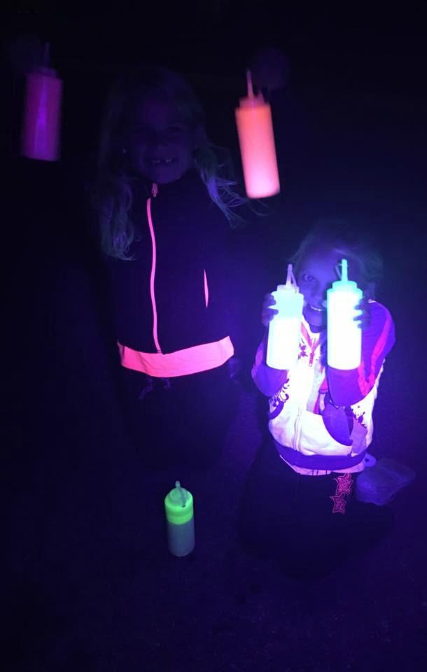 SUPER GLOW IN THE DARK SIDEWALK PAINT- my kids were blown away by this activity & had so much fun!