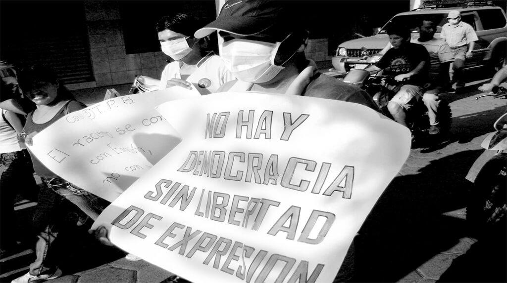 Periodistas marchan en defensa de la libertad de expresión / ANP