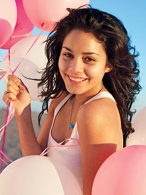 Vanessa Hudgens Hot Vanessa Hudgens Images She Was Acting Journey  English Movie Dubbed In Telugu Name Vichitra Deevi