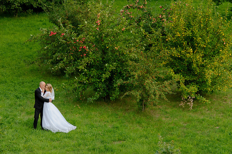 vestuvių fotosesija sode
