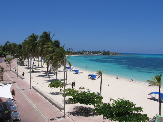 Spratt Bight e outras praias do centro de San Andrés