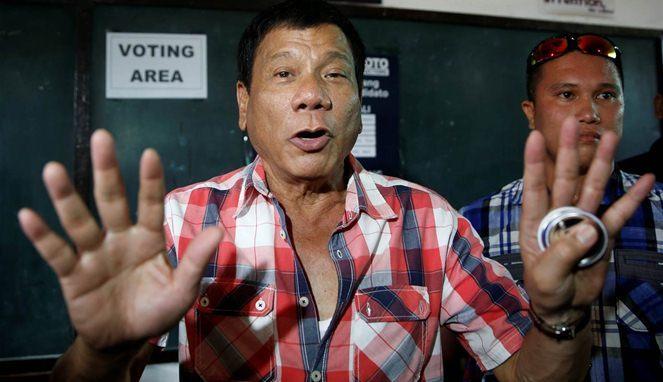 Walikota Sadis Rodrigo Duterte, Yang Membuat Penjahat Lari Ketakutan