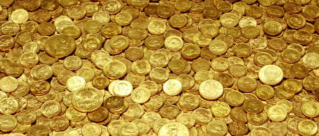 Monedas de oro y dinero