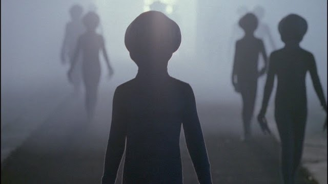 Why Alien Colonization On The X-Files Didn't Happen Between Seasons 9 and 10