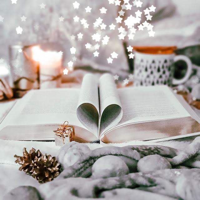 Co kupić miłośnikowi książek? Pomysły na prezenty dla książkoholików