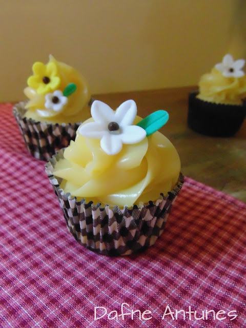 minicupcakes com flores