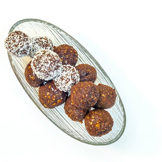 Nut Bliss Balls