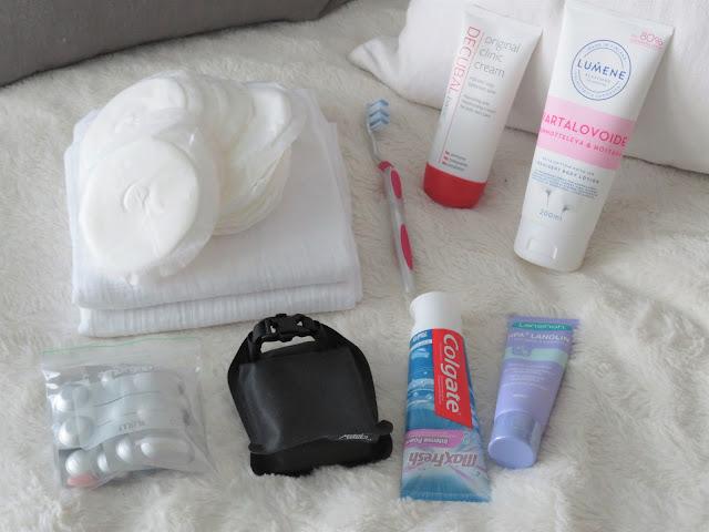 Synnytyskassin hygieniatuotteet ja lääkkeet