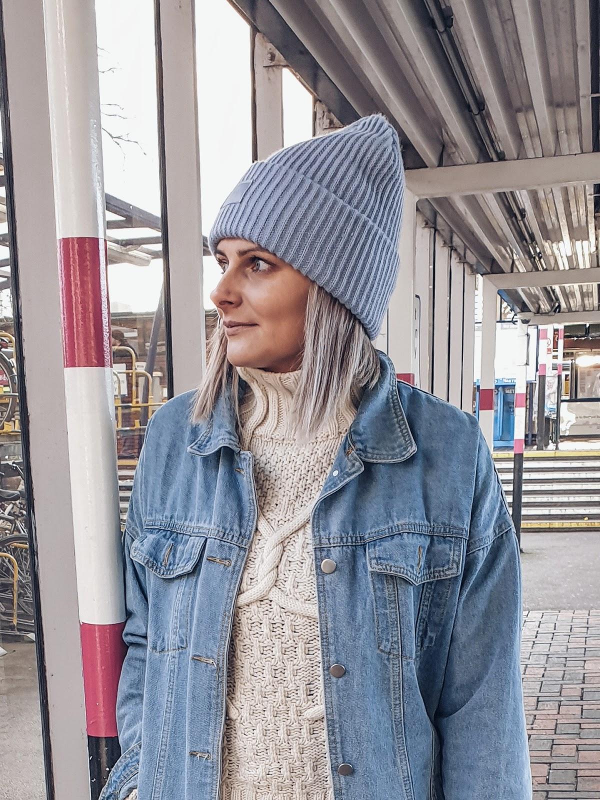Satin Slip dress & western boots czyli wiosenny zestaw i bieliźniana sukienka