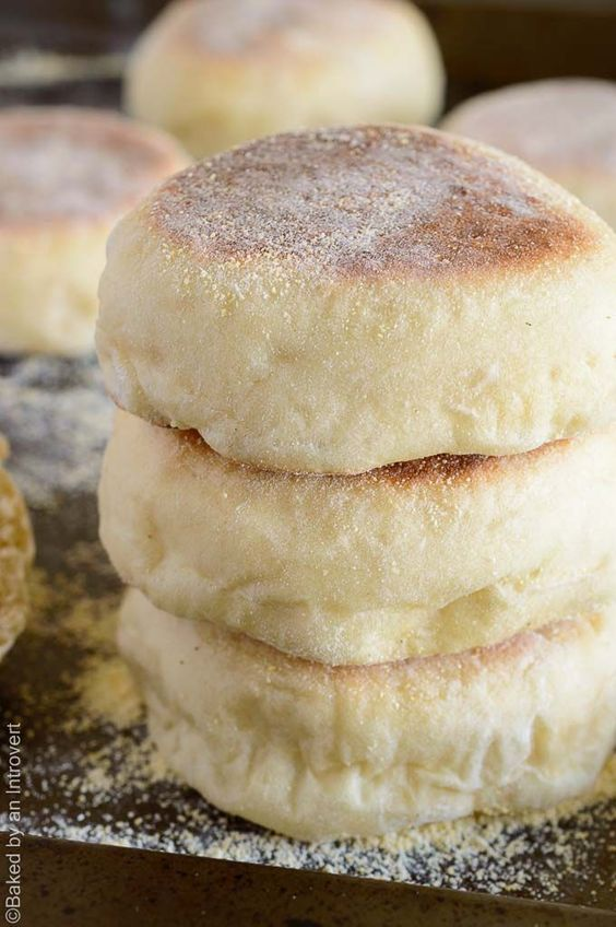 Homemade English Muffins #recipes #baking #bakingrecipes #food #foodporn #healthy #yummy #instafood #foodie #delicious #dinner #breakfast #dessert #lunch #vegan #cake #eatclean #homemade #diet #healthyfood #cleaneating #foodstagram