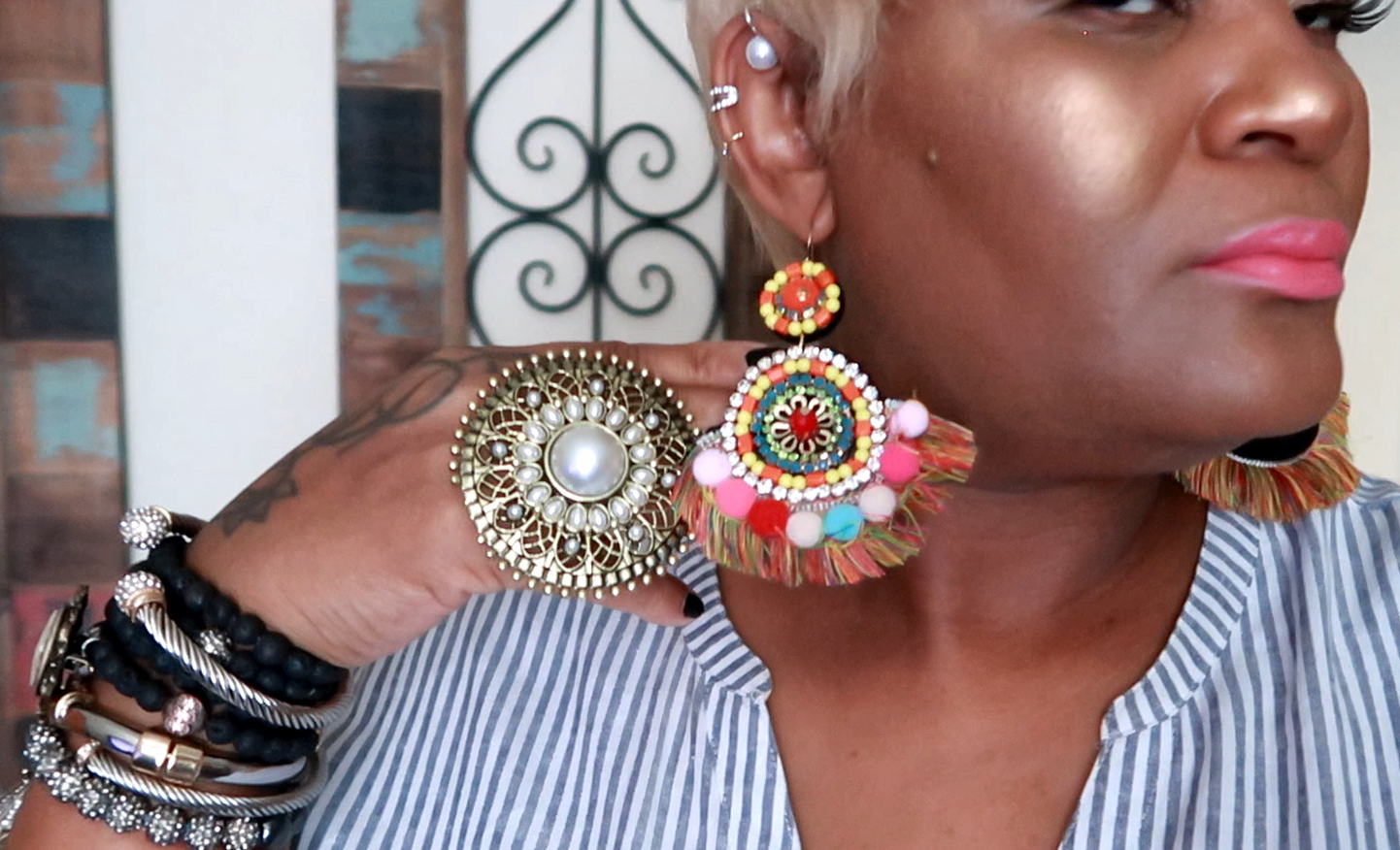 I also love a Do It Yourself project, I got these from a craft maker on Amazon. If you look closely at the picture above, they really are a show stopper. Earring Lookbook