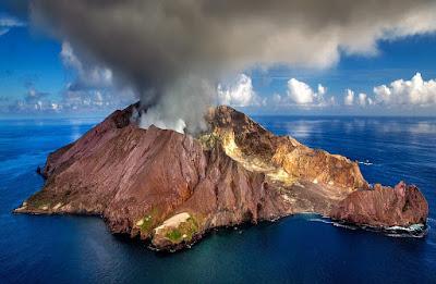 Amazing facts about Volcano in Hindi-ज्वालामुखी के बारे में 15 रोचक तथ्य