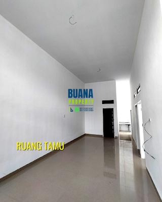 Ruang Tamu Di Komplek The Flamboyan Suite 8 meter