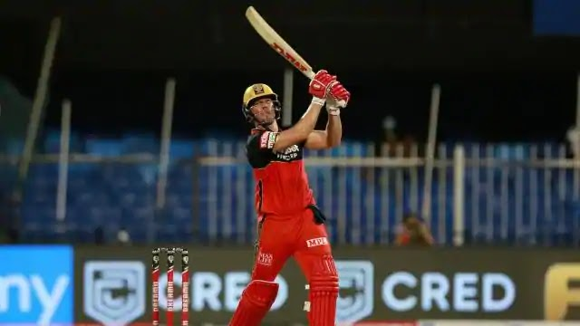 AB de Villiers martyred his iPhone in preparation for IPL 2021 - watch video