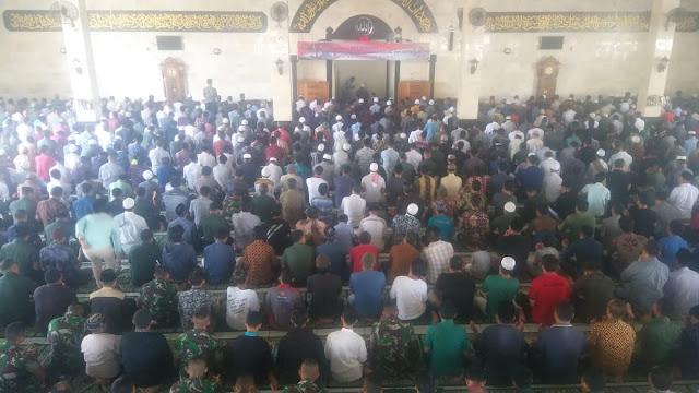 Doa Bersama Peringati Hari Juang Kartika TNI-AD Dirangkaikan Sholat Jum'at Berjamaah