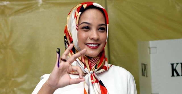 Ratna Sarumpaet Akui Operasi Plastik, Rachel Maryam: Sandiwara Apa Ini?