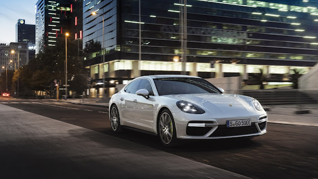 Porsche Unveil 671HP Panamera Turbo S E-Hybrid