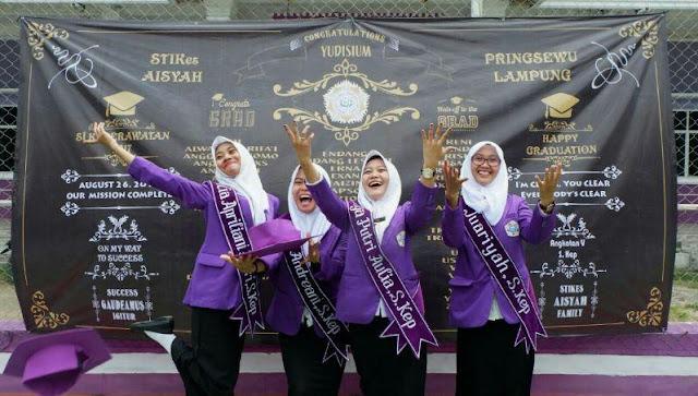 Sebanyak 223 Mahasiswa Ikuti Yudisium ke 3 STIKes Aisyah Pringsewu tahun 2017