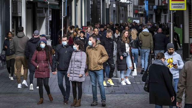 غرامة مالية لعدم ارتداء قناع الفم في هولندا