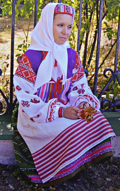 festive traditional costume of married woman of Belarus