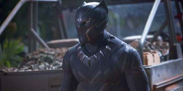 Black Panther Movie Costume And Scripts Are Being Added To The Smithsonian The Geek Twins