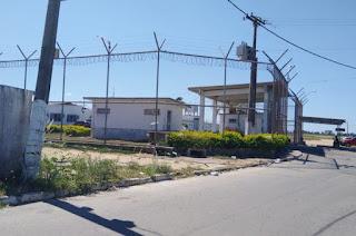http://vnoticia.com.br/noticia/3649-detentos-fogem-de-presidio-em-campos