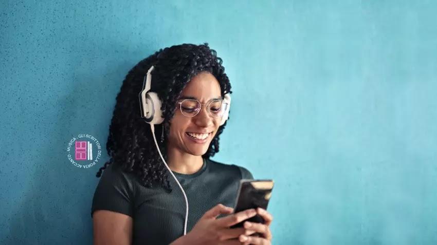 La straordinaria capacità di adattarsi ai tempi, al pubblico e alle nuove tecnologie emergenti fanno delle radio un mezzo di comunicazione che non andrà mai in pensione.