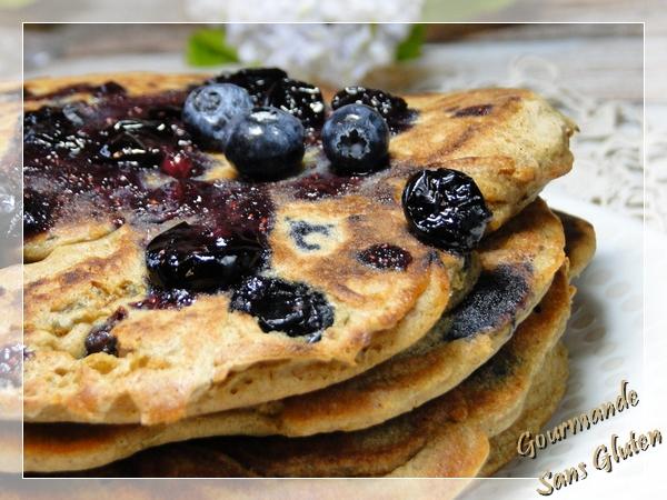 Pancake aux myrtilles sans gluten, sans lactose