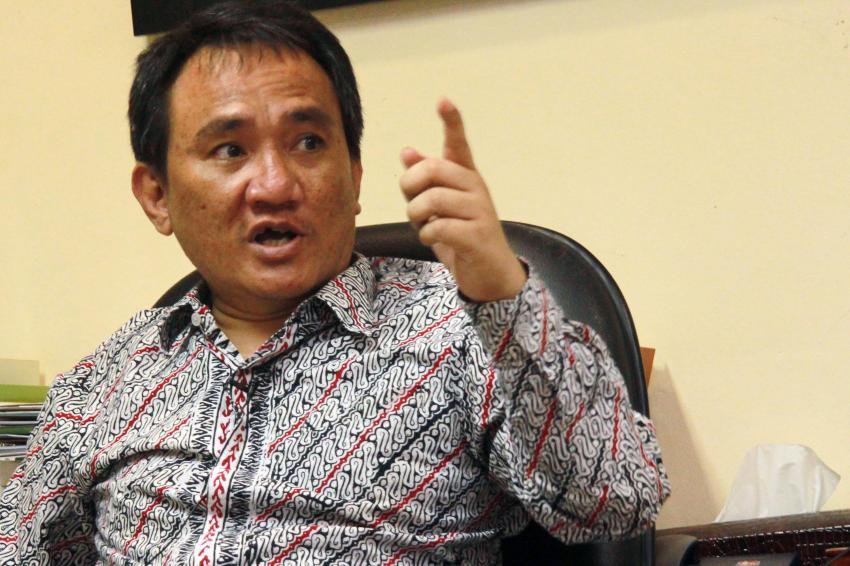 Soal Pilpres 2024, Andi Arief: Ada 'Endorsement' Jokowi!