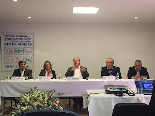 Geraldo Araújo (Pousada Salvador Santarém), Evany Noel (diretora de Turismo de Petrópolis), Nilo Sérgio (sec. estadual de Turismo), Paulo Senise (pres. da TurisRio)