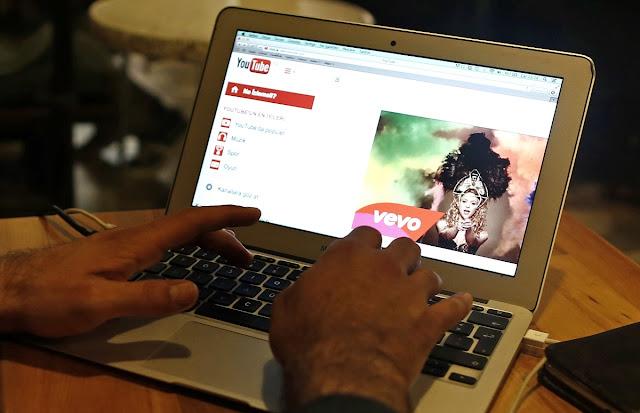 Tetap produktif dan berkreasi menggunakan ide unik konten youtube bisa menjadi peluang mendapat keuntungan dan membantu pencegahan penyebaran virus corona-maswisnu.com
