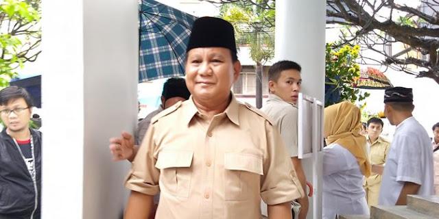 Elektabilitas Prabowo Kalah Dari Jokowi, Gerindra Bilang Punya Hasil Survei Sendiri....