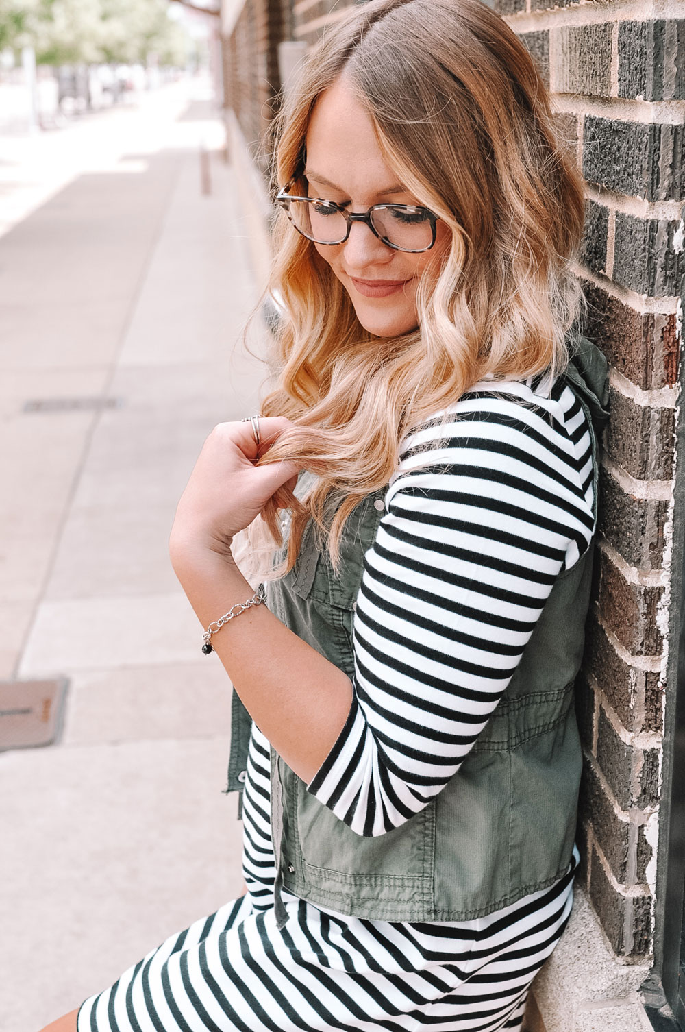 Oklahoma blogger Amanda Martin shows off her James Avery charm bracelet