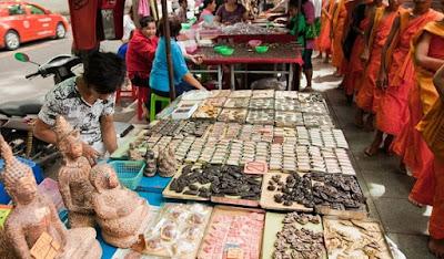 Pasar Amulet