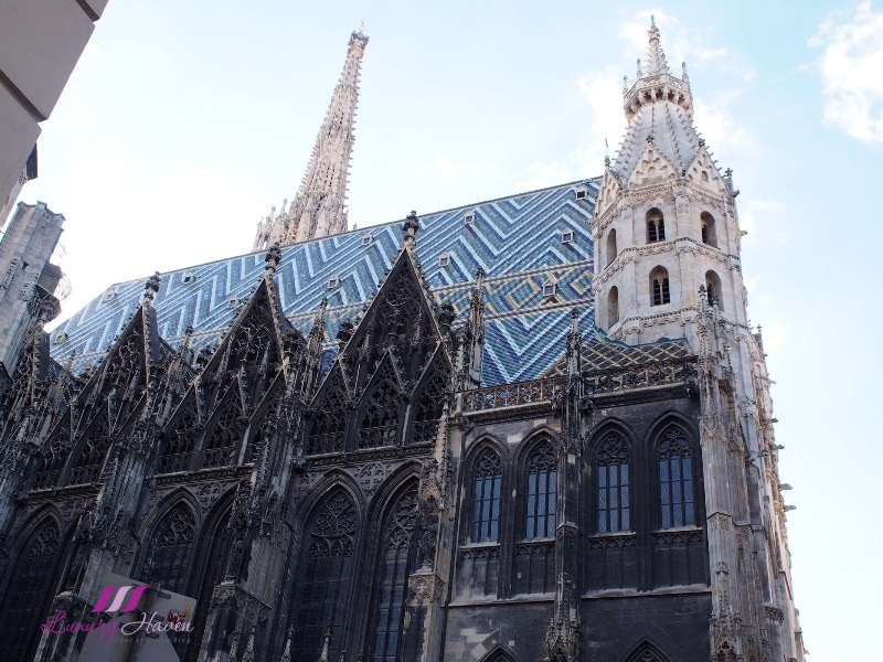 st stephen cathedral stephansdom vienna famous sights