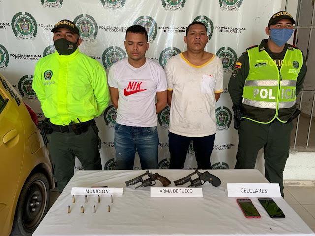 En intento de atraco se enfrentaron a la Policía: Tres capturados, uno resultó herido