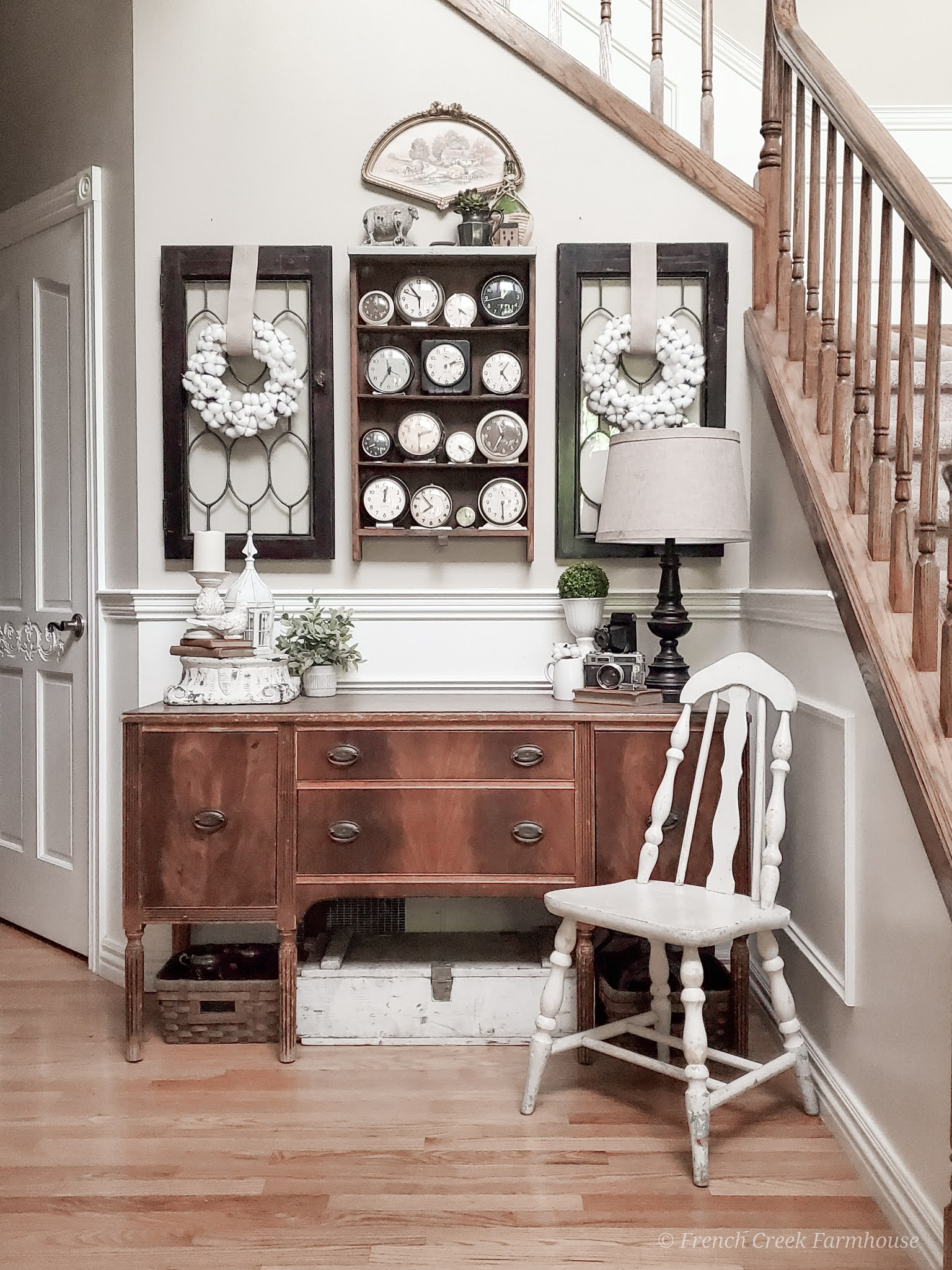 Using key vintage pieces will give your home the aesthetic you want