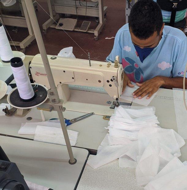 CDL realiza doação de máscaras descartáveis para profissionais da saúde de Santa Cruz do Capibaribe