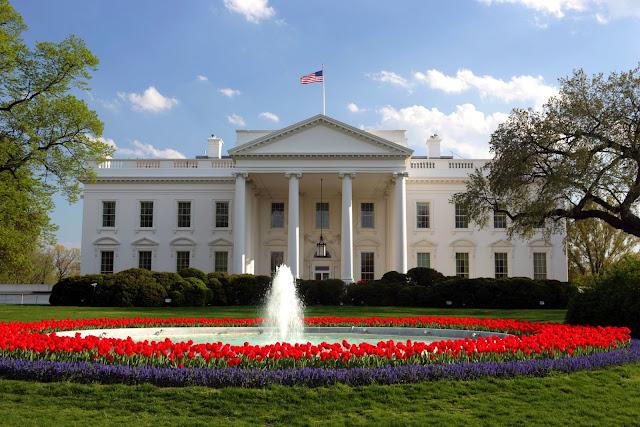 La verdadera razón por la que Melania Trump no vivirá en la Casa Blanca junto a Trump Casablanca