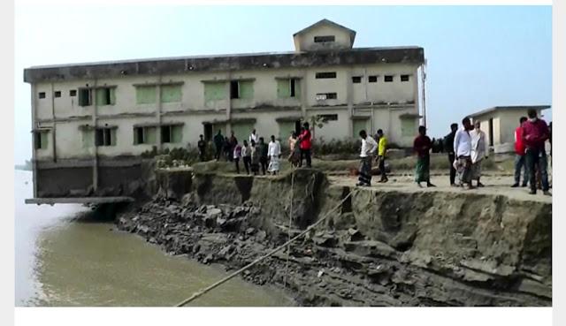 নোয়াখালীর মেঘনা উপকূলে নদী ভাঙ্গনে বিলিন হচ্ছে জনপদ