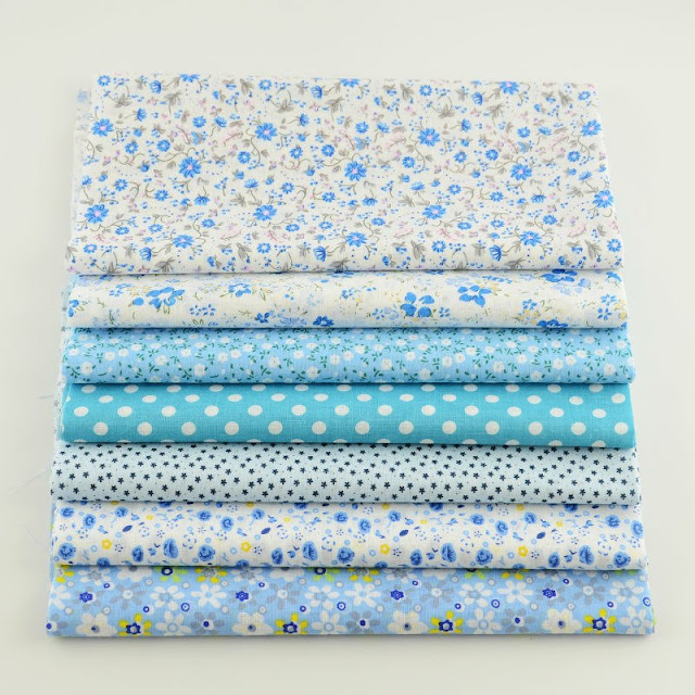 7 pieces Natural Cotton Fabric Square DIY Craft Fabric Light Blue Color Little Flowers and White Dots Design for Quilting Meter